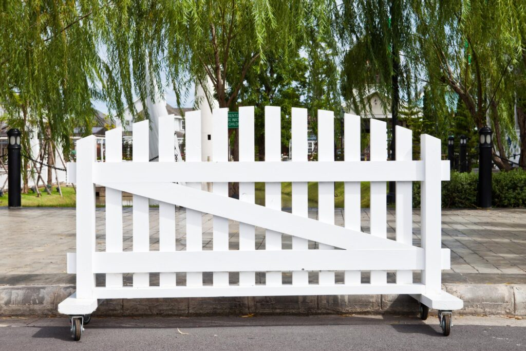 professional fencing installations near me