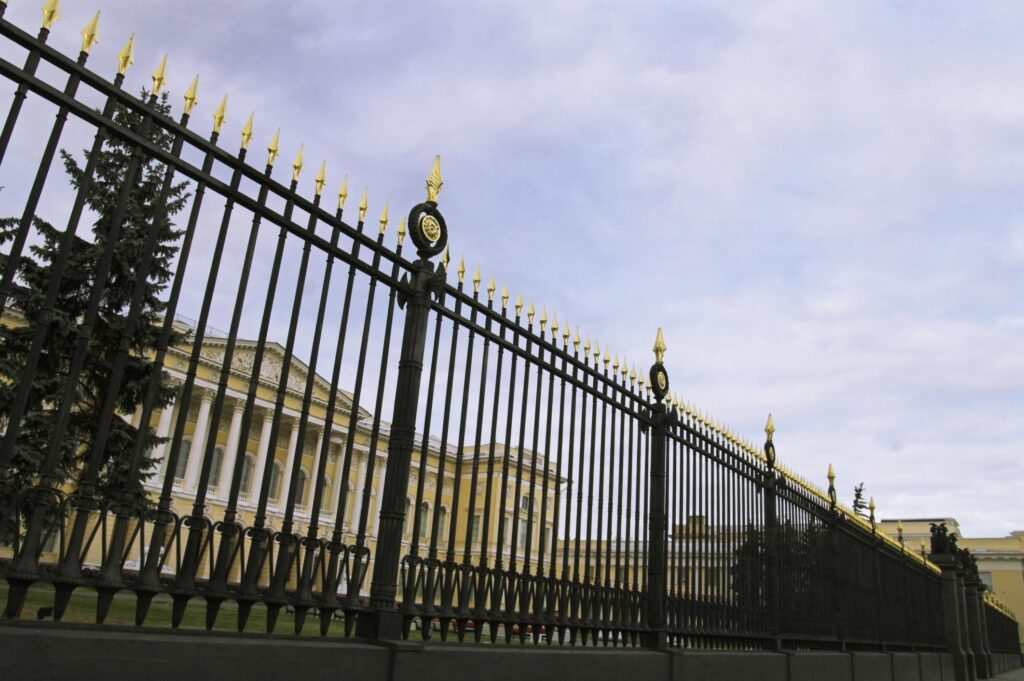 affordable and reliable iron fencing services